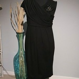 Taylor black dress size 6
